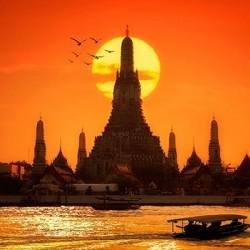 """Những điều cần biết khi đi du lịch """"bụi"""" ở Bangkok Thái Lan"""