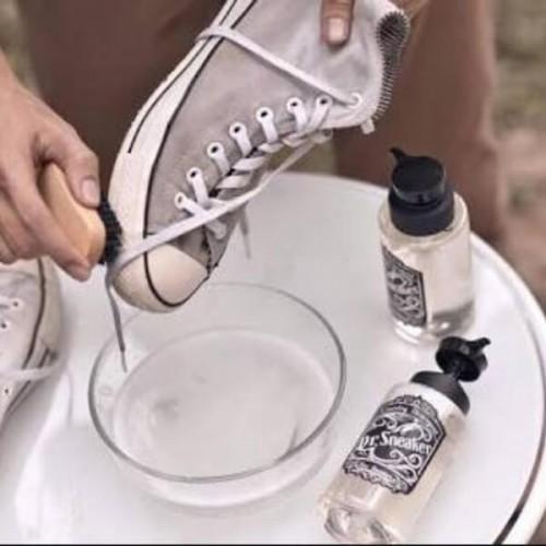 Nước lau giày Dr Sneaker thái lan
