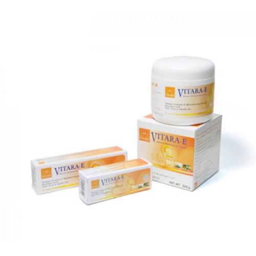 Kem dưỡng ẩm trắng da và làm giảm thâm mờ sẹo Vitara E Cream