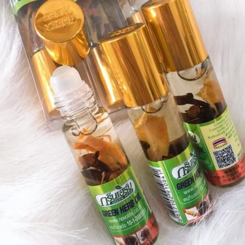 Dầu Lăn Thảo Dược Nhân Sâm Green Herb Oil 8ml Thái Lan